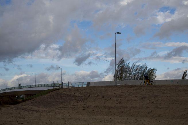 2013-10-28 tegen de wind in